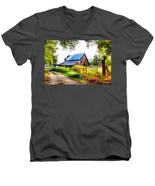 Townville Barn Men's V-Neck T-Shirt