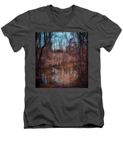Trailing Creek Men's V-Neck T-Shirt