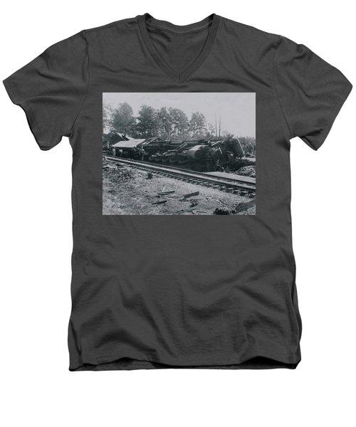 Train Derailment Men's V-Neck T-Shirt