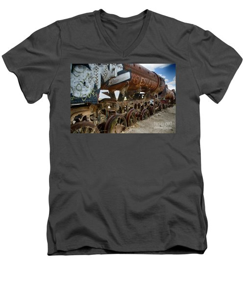 Train Graveyard Uyuni Bolivia 14 Men's V-Neck T-Shirt