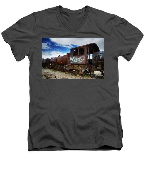 Train Graveyard Uyuni Bolivia 16 Men's V-Neck T-Shirt
