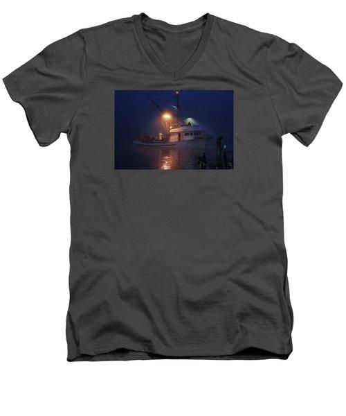 Traveler Bait Boat Men's V-Neck T-Shirt