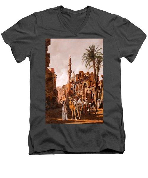 tre cammelli in Egitto Men's V-Neck T-Shirt