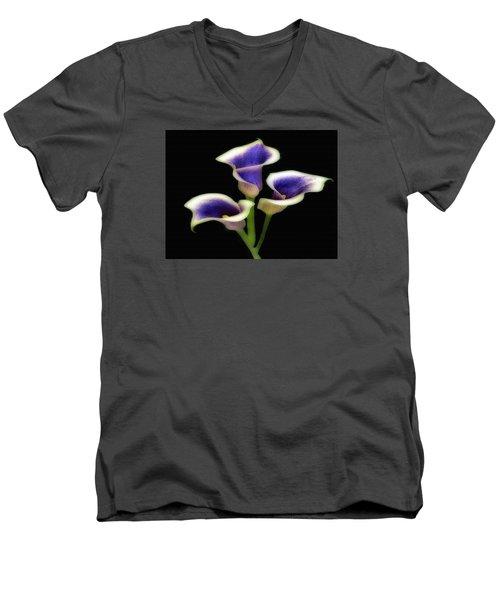 Triple Royal Floral Men's V-Neck T-Shirt