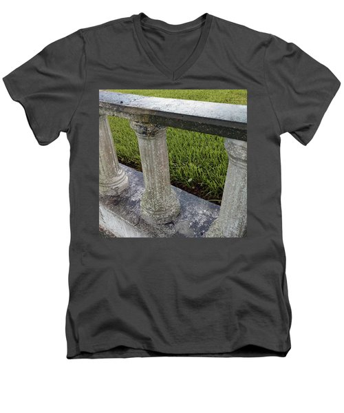 Men's V-Neck T-Shirt featuring the photograph Triplets by Steve Sperry