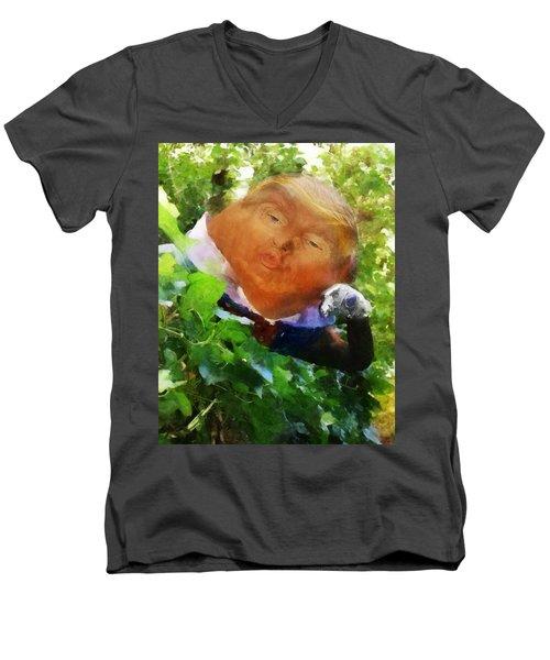 Trumpty Dumpty San On A Wall Men's V-Neck T-Shirt