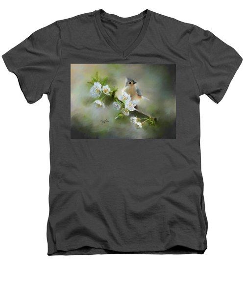 Tufted Titmouse Men's V-Neck T-Shirt