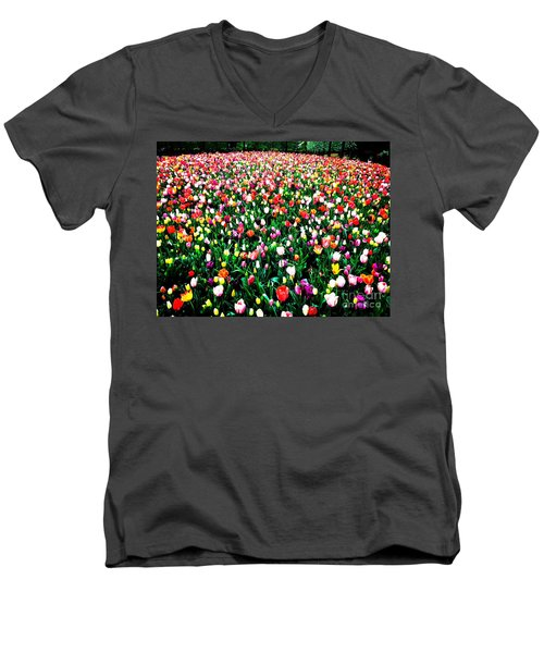 Tulips Men's V-Neck T-Shirt