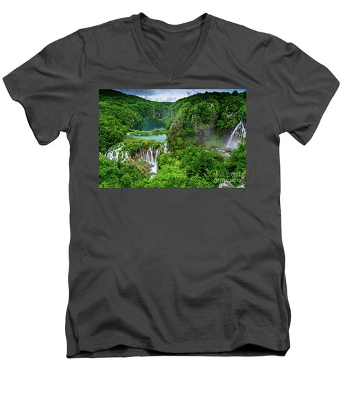 Turquoise Lakes And Waterfalls - A Dramatic View, Plitivice Lakes National Park Croatia Men's V-Neck T-Shirt