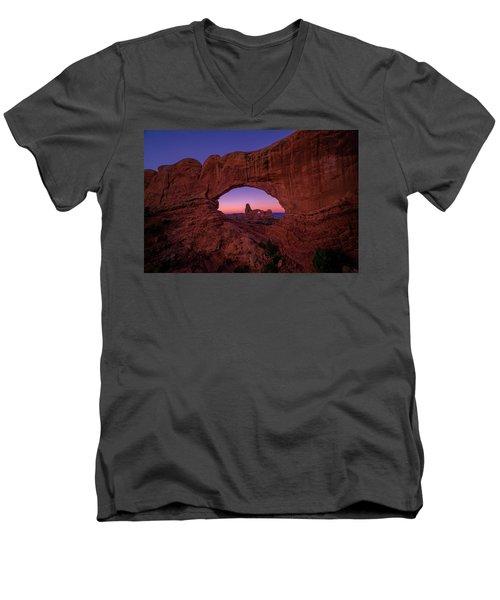 Turret Arche  Men's V-Neck T-Shirt