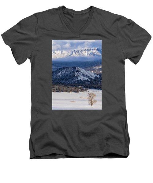 Turret Ridge In Winter Men's V-Neck T-Shirt