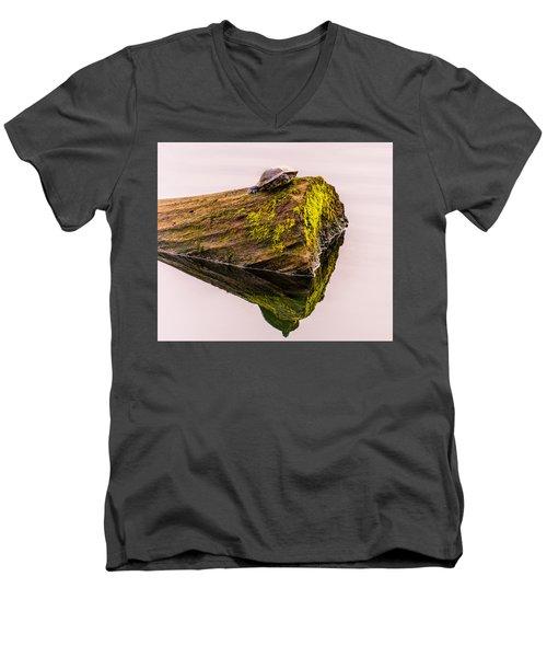 Turtle Basking Men's V-Neck T-Shirt