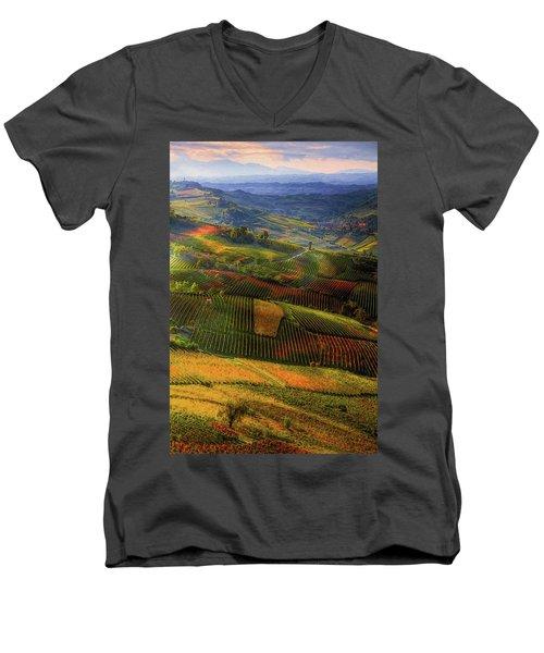 Tuscany, Italian Wineyards  Men's V-Neck T-Shirt