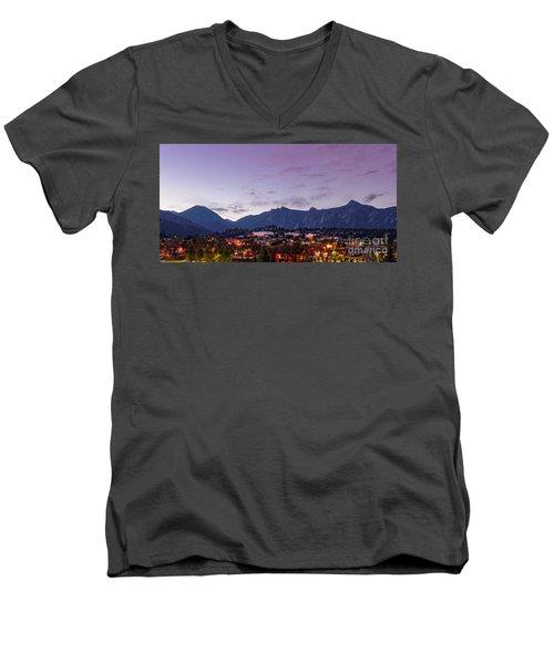 Twilight Panorama Of Estes Park, Stanley Hotel, Castle Mountain And Lumpy Ridge - Rocky Mountains  Men's V-Neck T-Shirt