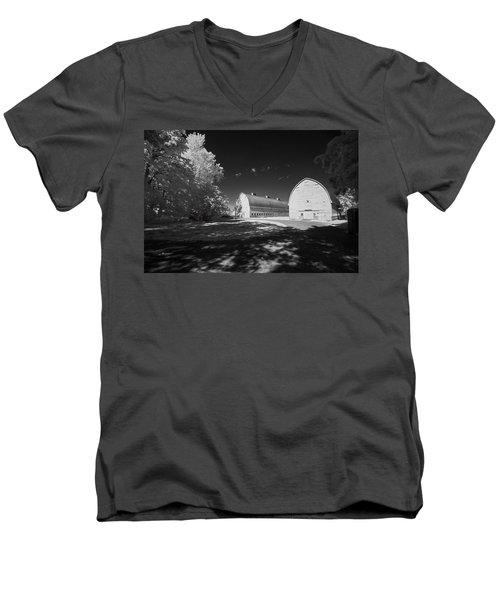 Twin Barns Men's V-Neck T-Shirt