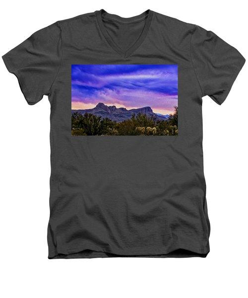 Twin Peaks H31 Men's V-Neck T-Shirt