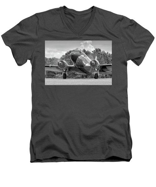 Two Turning Men's V-Neck T-Shirt
