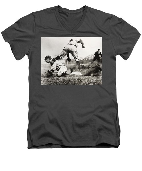 Ty Cobb Gets A Triple Men's V-Neck T-Shirt