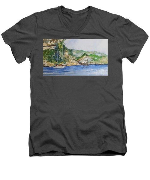 U Capu Biancu Men's V-Neck T-Shirt