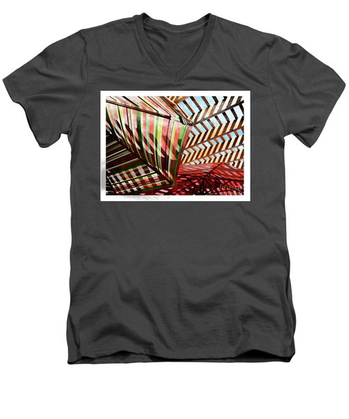 Umbrella Stipple Men's V-Neck T-Shirt
