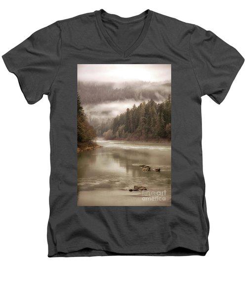 Umpqua River Fog Men's V-Neck T-Shirt