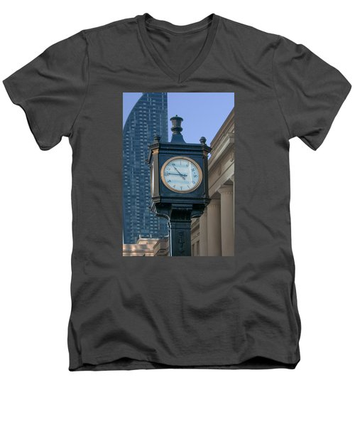 Union Station - Toronto Men's V-Neck T-Shirt