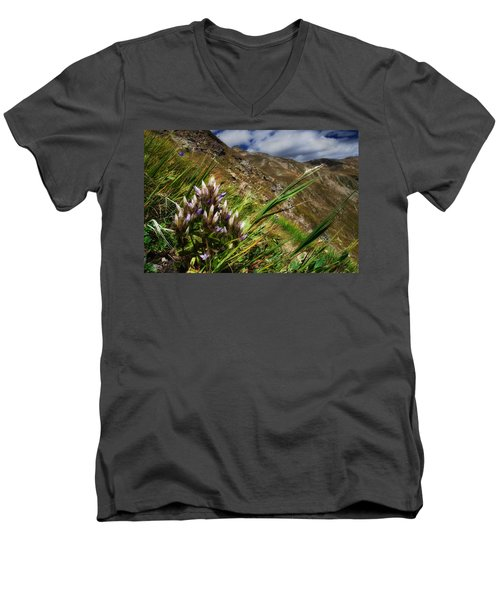 Untitled 94 Men's V-Neck T-Shirt