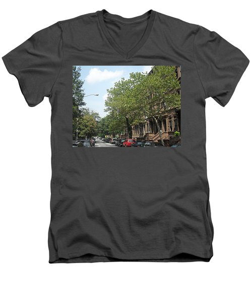 Men's V-Neck T-Shirt featuring the photograph Uptown Ny Street by Vannetta Ferguson