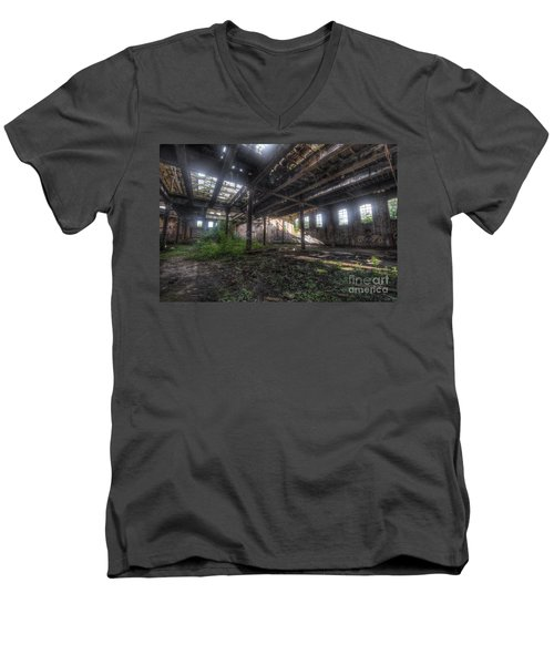 Urban Decay 2.0 Men's V-Neck T-Shirt