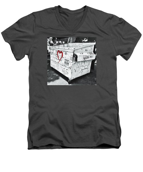 Urban Love Men's V-Neck T-Shirt