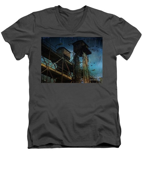 Urban Past Men's V-Neck T-Shirt