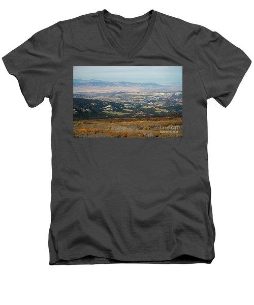 Utah A Patchwork Men's V-Neck T-Shirt