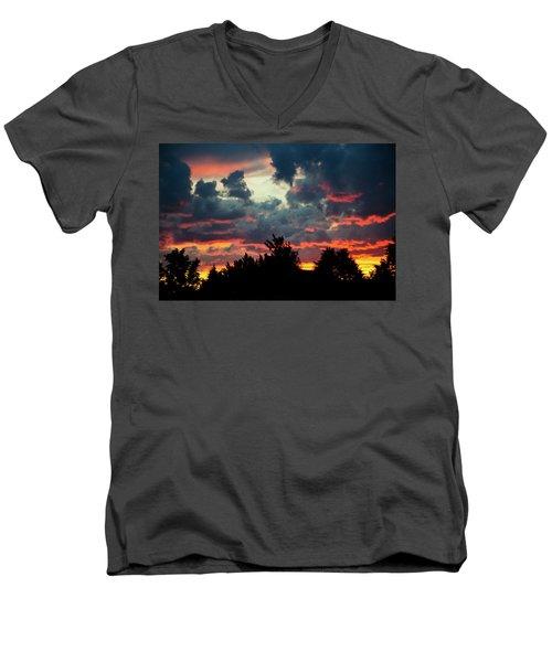 Utah Sunset Men's V-Neck T-Shirt