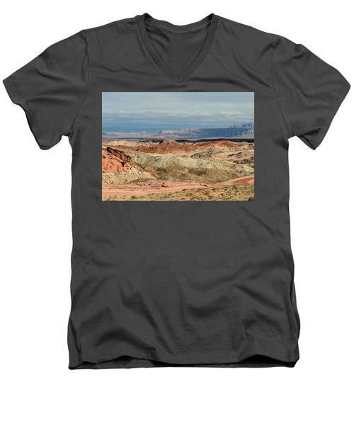 Valley Of Fire, Nevada Men's V-Neck T-Shirt