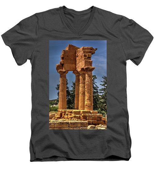 Valley Of The Temples I Men's V-Neck T-Shirt by Patrick Boening