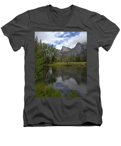 Valley View Men's V-Neck T-Shirt