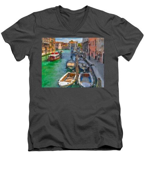 Venezia. Cannaregio Men's V-Neck T-Shirt