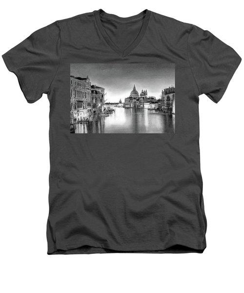 Venice Pencil Drawing Men's V-Neck T-Shirt