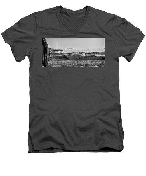 Ventura Pier El Nino 2016 Men's V-Neck T-Shirt
