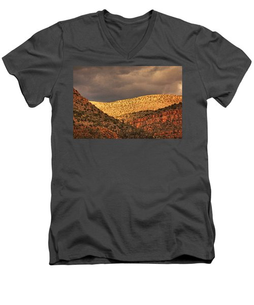 Verde Canyon View Txt Men's V-Neck T-Shirt