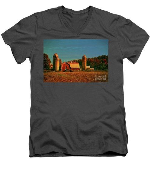 Men's V-Neck T-Shirt featuring the photograph Vermont Autumn Barn by Deborah Benoit
