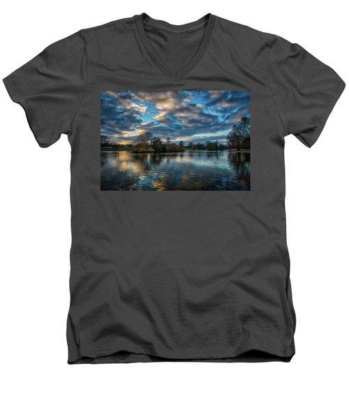 Verulamium Park Men's V-Neck T-Shirt