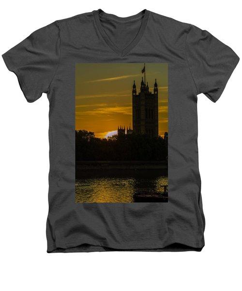 Victoria Tower In London Golden Hour Men's V-Neck T-Shirt