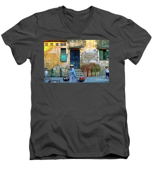 Vietnamese Street Food Sound Men's V-Neck T-Shirt