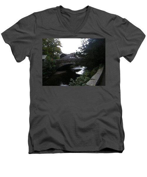 Village Bridge Men's V-Neck T-Shirt