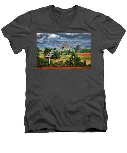 Vinales. Pinar Del Rio. Cuba Men's V-Neck T-Shirt