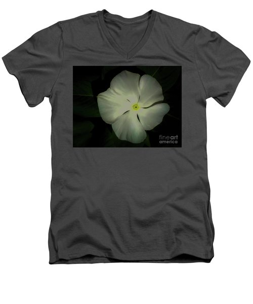 Vinca Bloom Night Glow Men's V-Neck T-Shirt