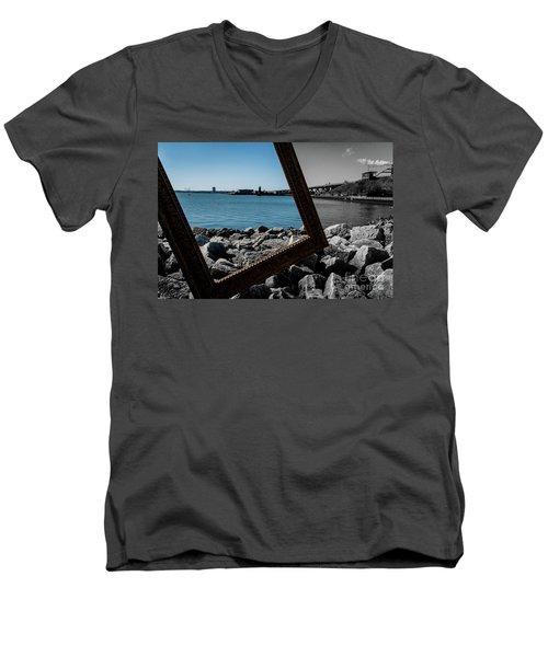 Vintage Light Men's V-Neck T-Shirt