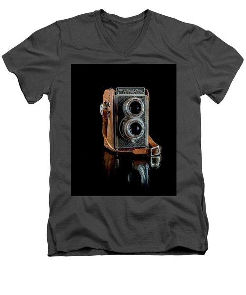 Vintage Ricohflex Camera Men's V-Neck T-Shirt