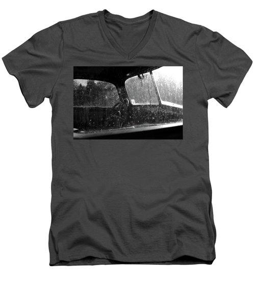 Vintage View Men's V-Neck T-Shirt
